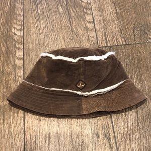 dadf14933aa6f prAna Suede bucket hat
